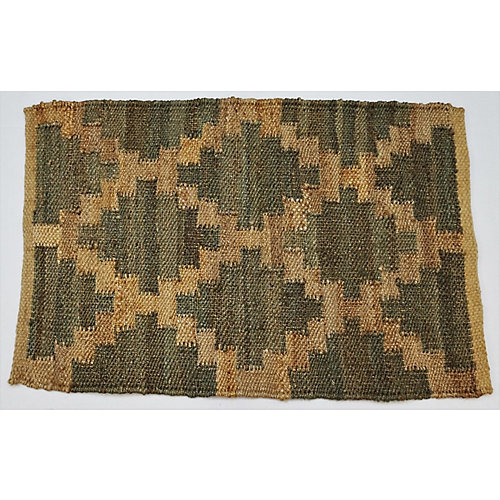 Hand Braided Jute Natural and Green 1 ft. 7.7-inch x 2 ft. 7.5-inch Indoor Mat