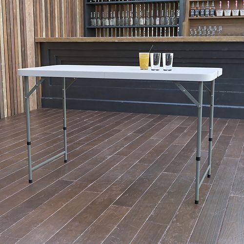 Table repliable en plastique blanc granite de 24 po larg. x 48 po long. à hauteur réglable