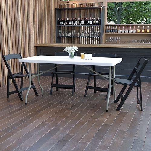 Table pliante en plastique blanc granite de 30 po larg. x 60 po long.