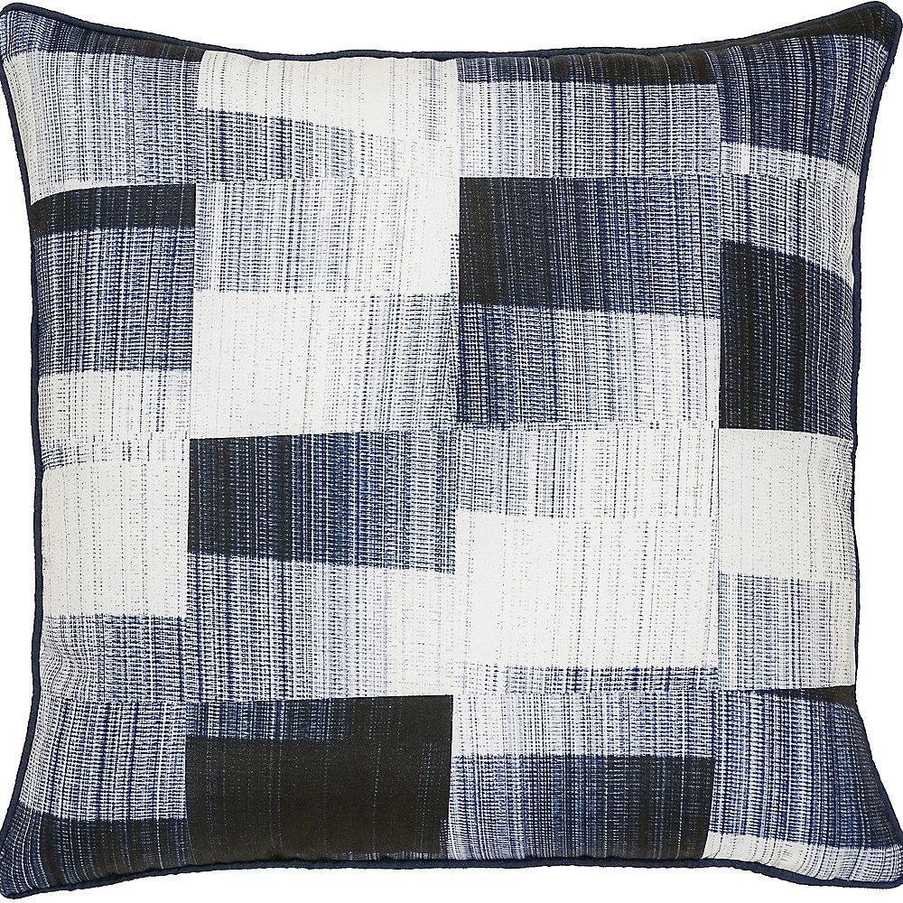 Notre Dame Design Miltone Sofa Patio Indoor and Outdoor Pillow in Navy and White
