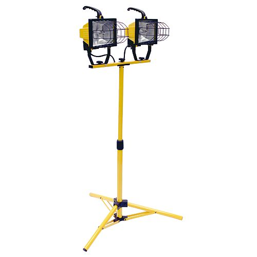1000 Watt Portable Halogen Work Light with a Tripod