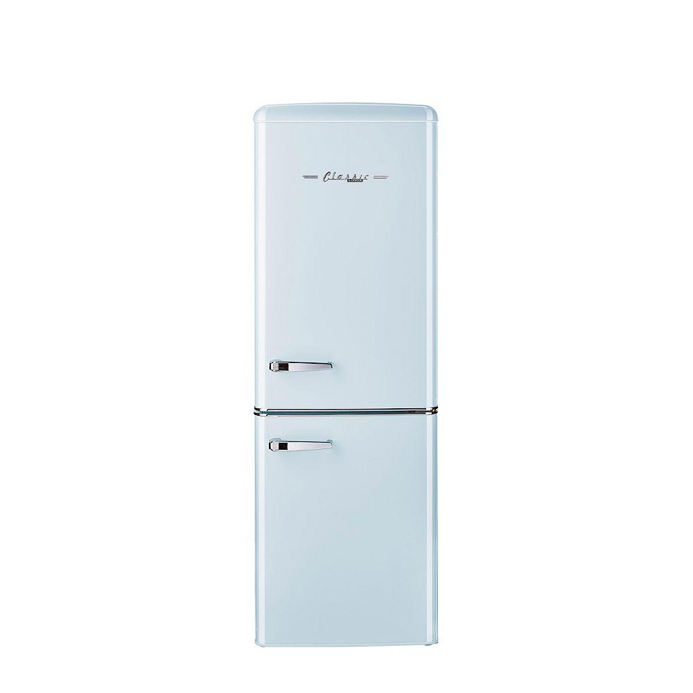 Unique Retro 21.6-inch 7 cu. ft. Bottom Freezer Refrigerator in Powder Blue