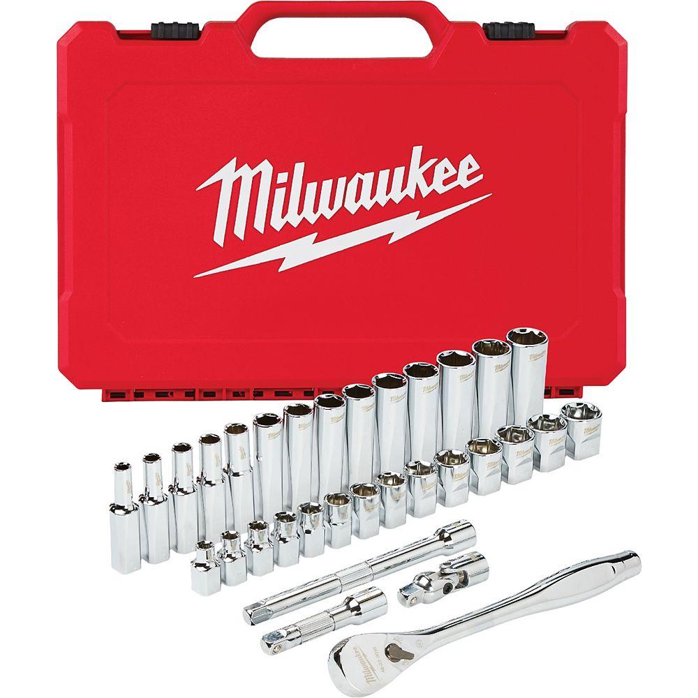 Milwaukee Tool 3/8 -inch Drive Metric Ratchet and Socket Mechanics Tool Set (32-Piece)