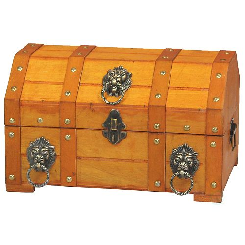 Pirate Treasure Chest with Lion Rings