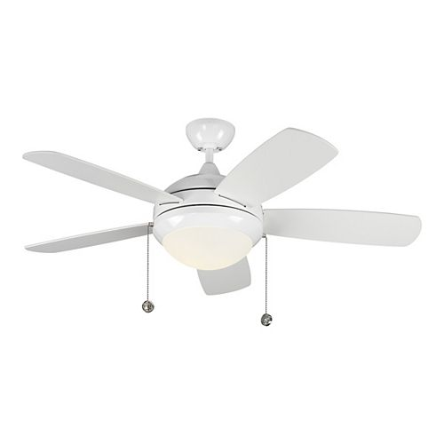 Discus Classic 44 in. Integrated LED White Ceiling Fan with 3000K Light Kit