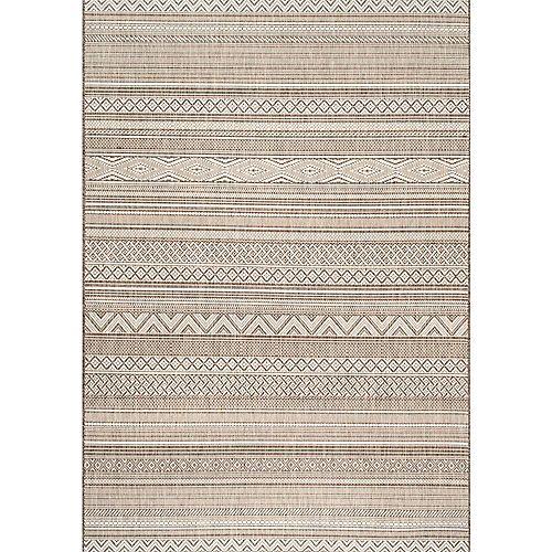 Erlinda Tribal Outdoor Beige 5 ft. 3-inch x 7 ft. 6-inch Indoor/Outdoor Area Rug