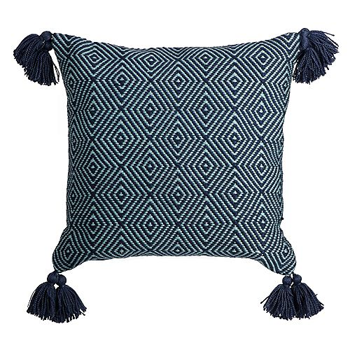 Fade-Resistant Outdoor Throw Pillow in Diamond Weave Pattern