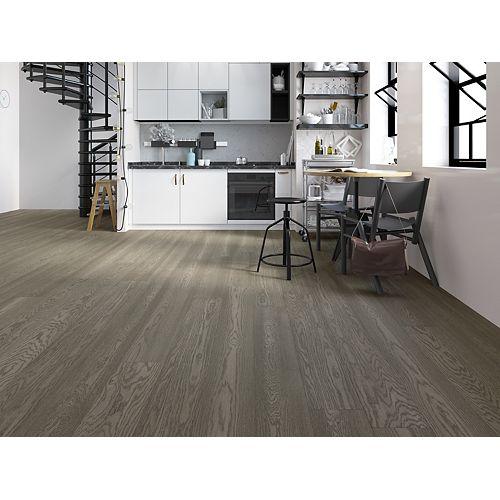 White Oak Salt Glaze 3/4 x 8 1/2-inch Engineered Hardwood Flooring (20.84 sq. ft./ case)