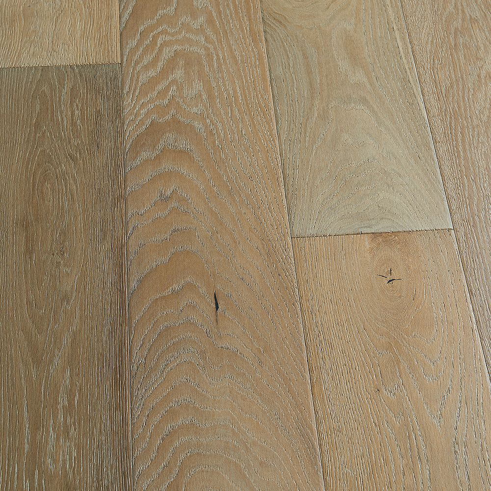 Malibu Wide Plank French Oak Ventura 9/16-inch Thick x 8.66-inch W x Engineered Hardwood Flooring (27.14 sq. ft./case)