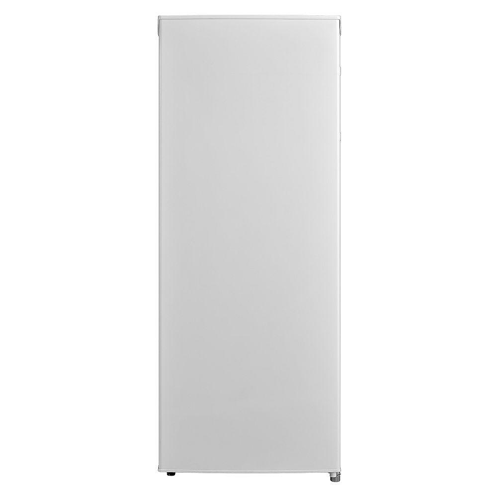 Midea Midea 5.3 cu.ft. Upright Freezer with Reversible Door