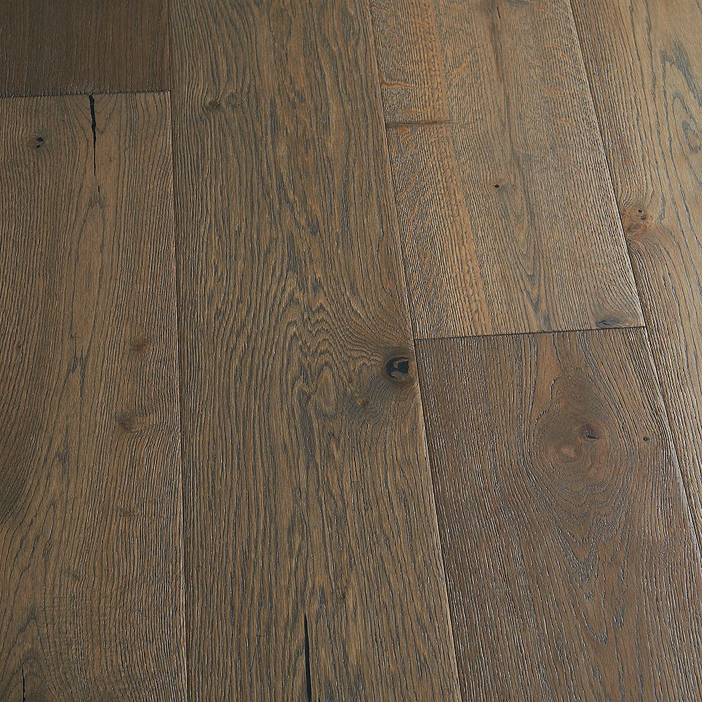 Malibu Wide Plank French Oak Daytona 9/16-inch T x 8.66-inch W x Engineered Hardwood Flooring (27.14 sq. ft./case)