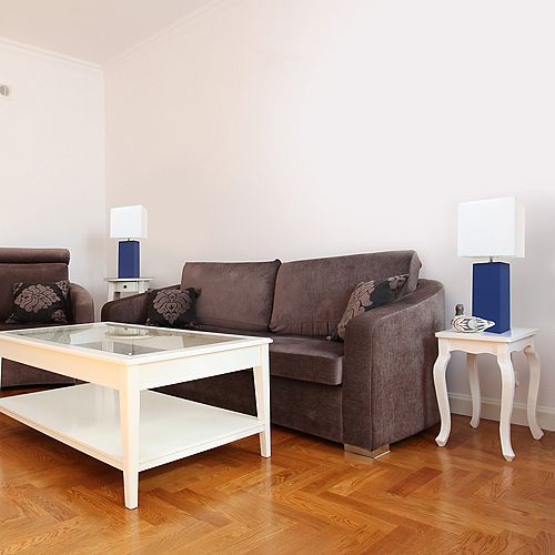 21 pouces Pack de 2 lampes de table bleu modernes en cuir avec abat-jour en tissu blanc