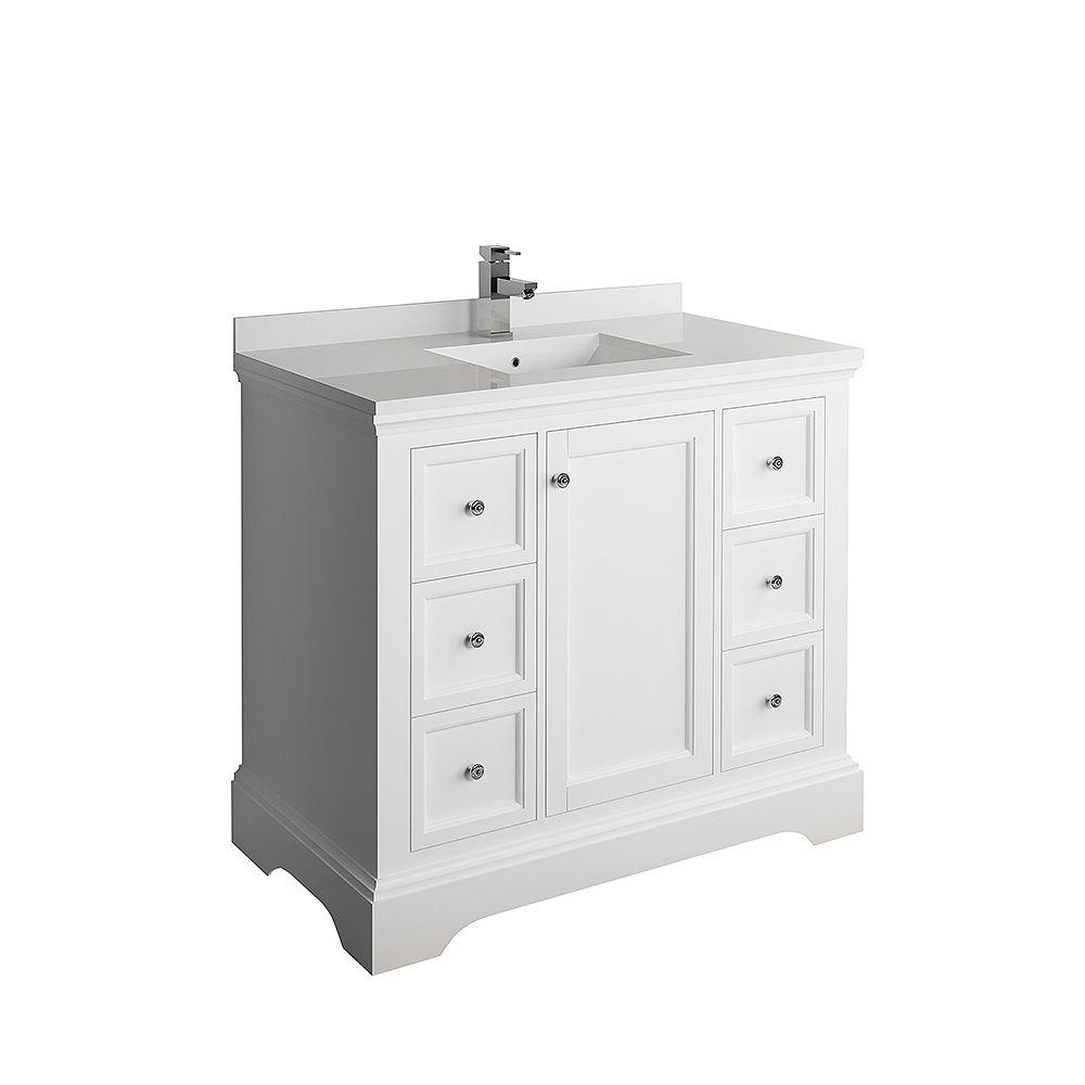 Fresca Windsor 40 inch Matte White Traditional Bathroom Vanity with Quartz Stone Top