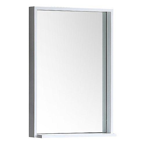 Fresca Allier miroir mural encadré 22 po L x 31,50 po H avec tablette en blanc