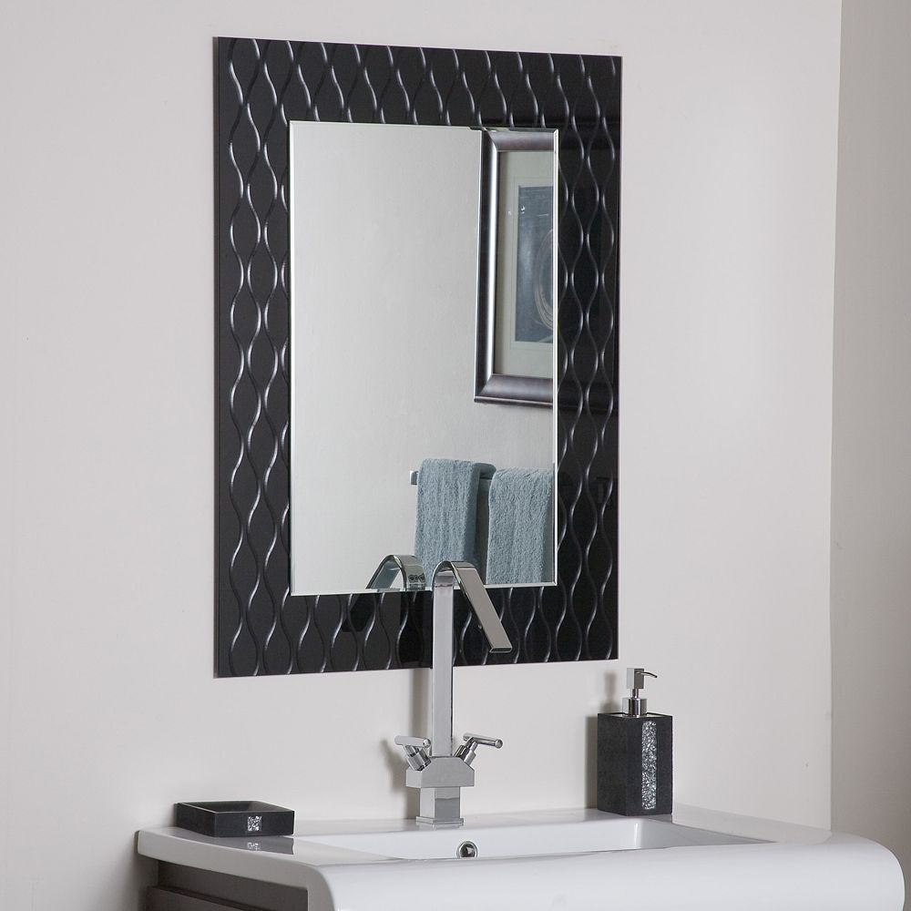 Decor Wonderland 32-inch  x 24-inch Rectangle Strands Wall Mirror with beveled Edge and Dual Mounting Brackets