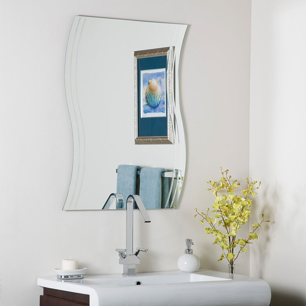 Decor Wonderland 32-inch  x 24-inch Rectangle Frameless Wave Wall Mirror with Polished Edge