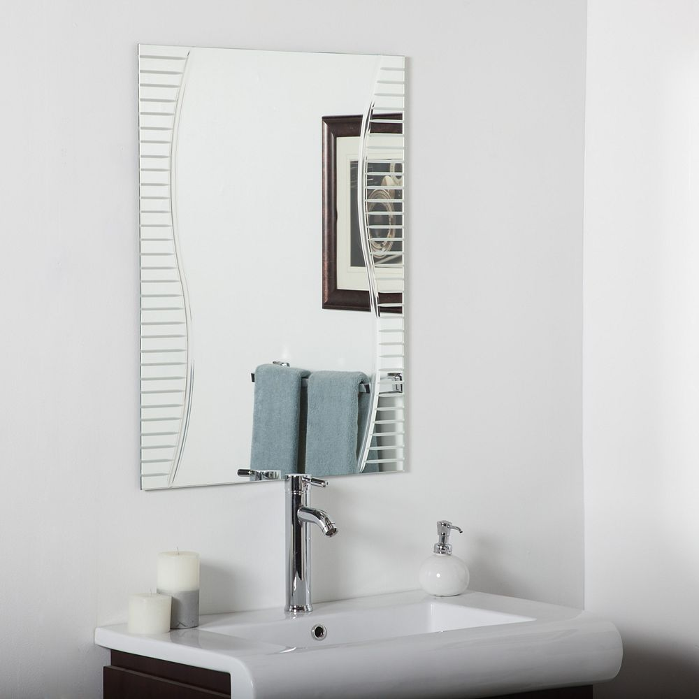 Decor Wonderland 32-inch  x 24-inch Rectangle Ava Bathroom Mirror with V-Groove Edge and Dual Mounting Brackets