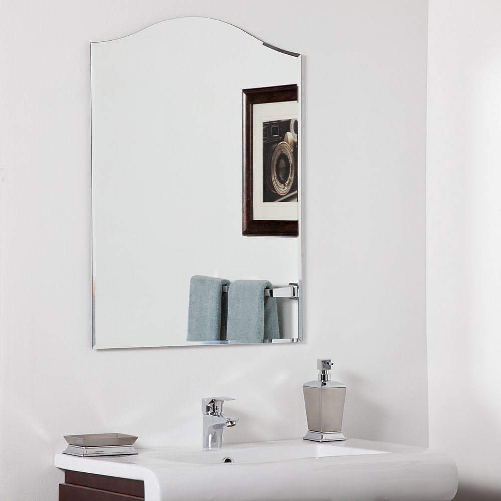 Decor Wonderland 32-inch  x 24-inch Arched Rectangle Amelia Vanity Mirror  Bevelled Edge and Dual Mounting Brackets