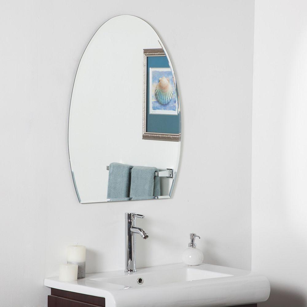 Decor Wonderland 32-inch  x 24-inch Oval Sena Modern Bathroom Mirror with Bevelled Edge