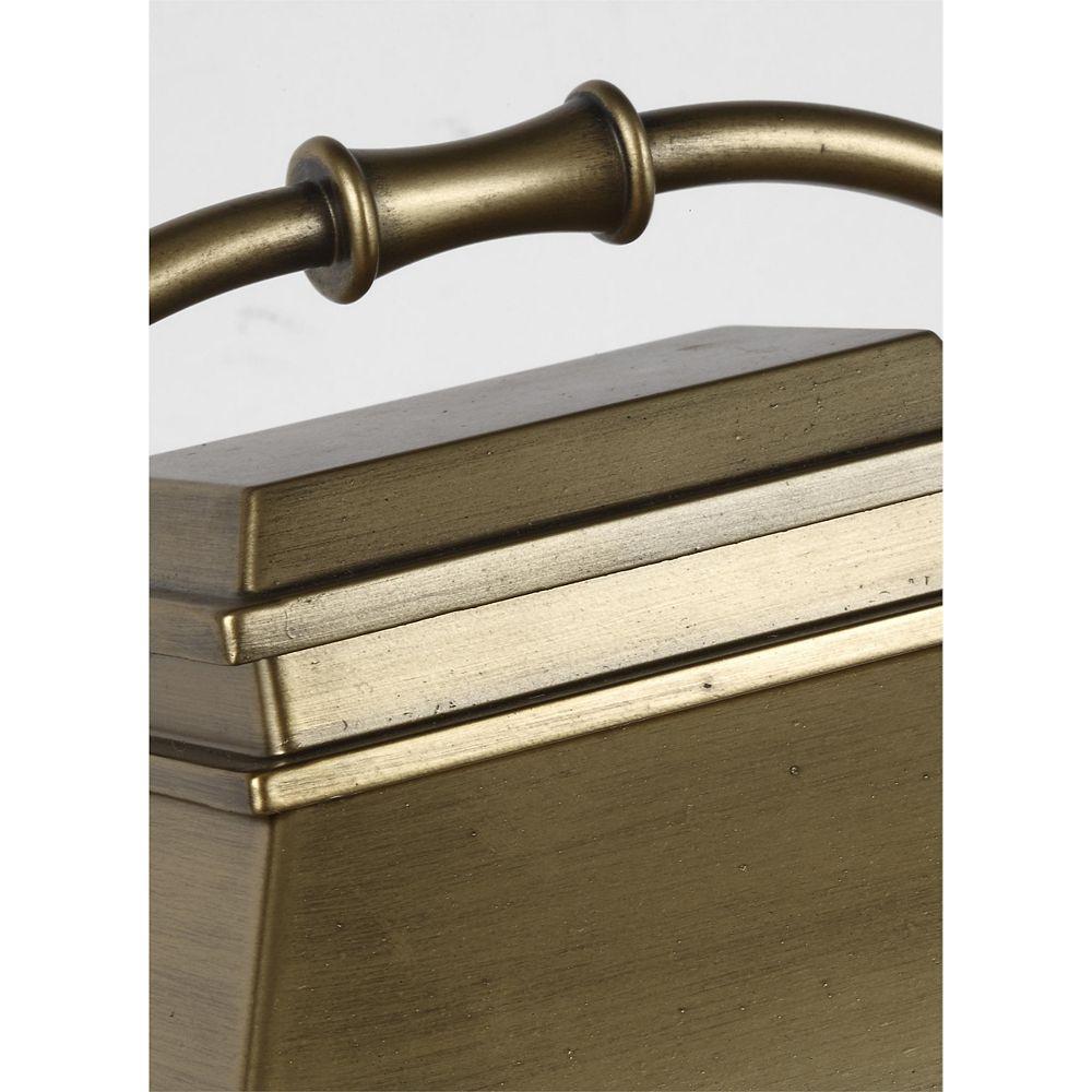 Feiss Collection for Generation Lighting Wellsworth Lampe de poteau dextérieur en laiton vieilli peint à 3 ampoules