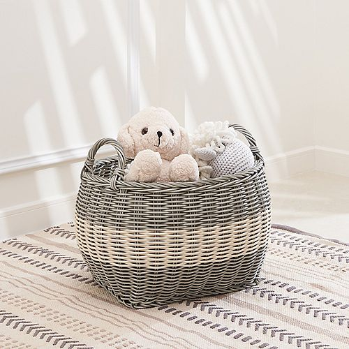 Hannah 17-Inch Oval Resin Storage and Laundry Basket - Size M