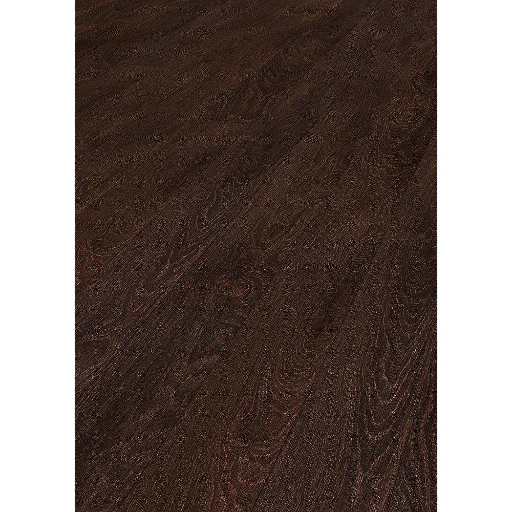 Goodfellow Krono Supernatural Colonial Oak 10mm x 5-inch Laminate Flooring (15.31 sq. ft. per case)