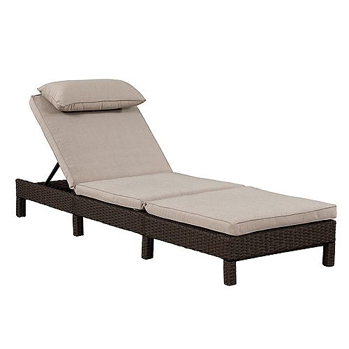Patioflare Laura KD Lounger, Chocolate Brown Wicker & Beige Cushions