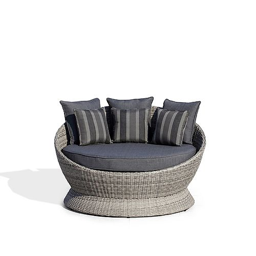 Brisbane II I-PC Outdoor Daybed with Dark Grey Cushions