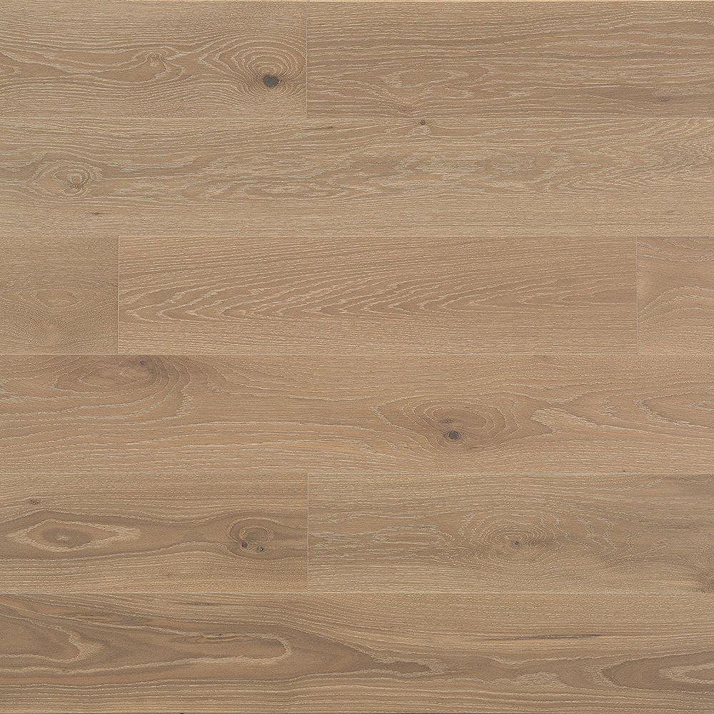 Juno Bowery Bay Berry 3/4-inch T x 7.5-inch W x 84-inch L Eng. Hardwood Flooring (22.08 sq.ft./case)