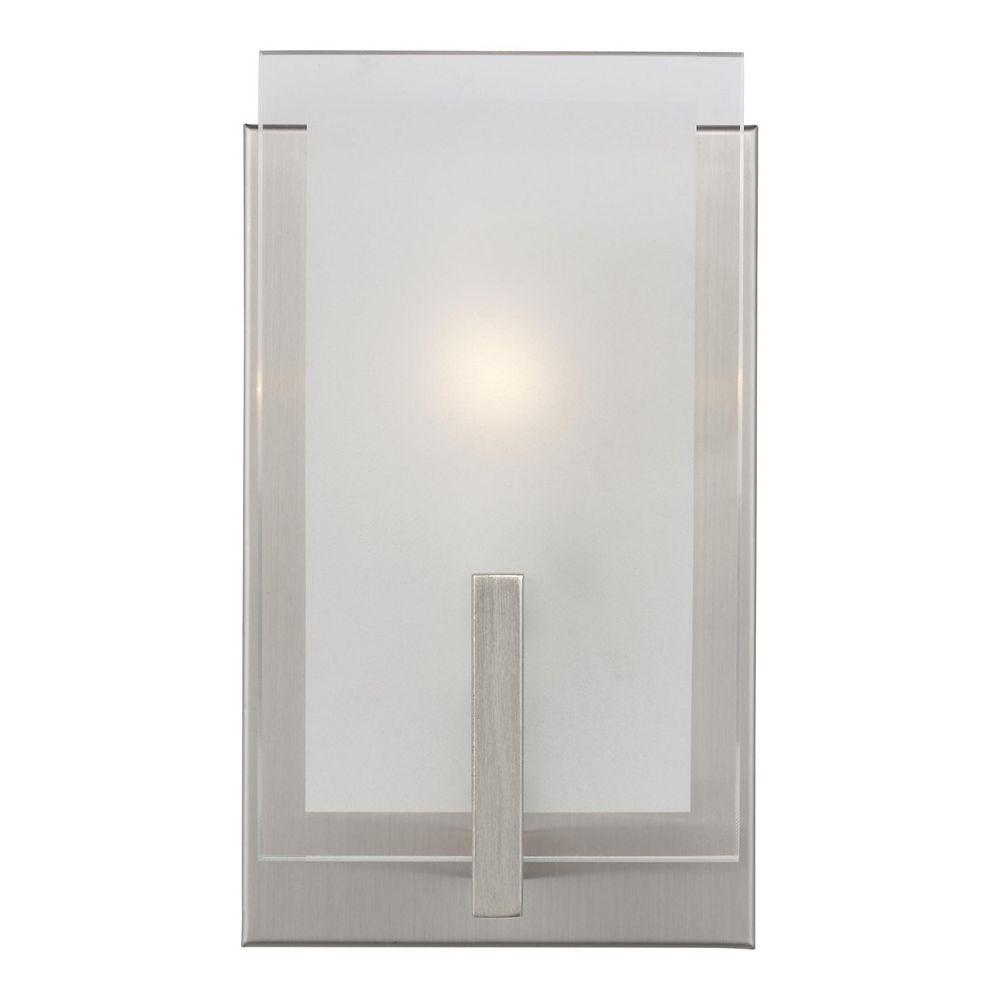Sea Gull Lighting Syll  Applique murale/salle de bain à 1 amp. 40 W, nickel brossé avec abat-jour verre gravé satiné