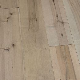 Maple Estero 1/2 in. T x 7-1/2 in. W x Varying Length Eng. Hardwood Flooring (23.31 sq.ft./case)